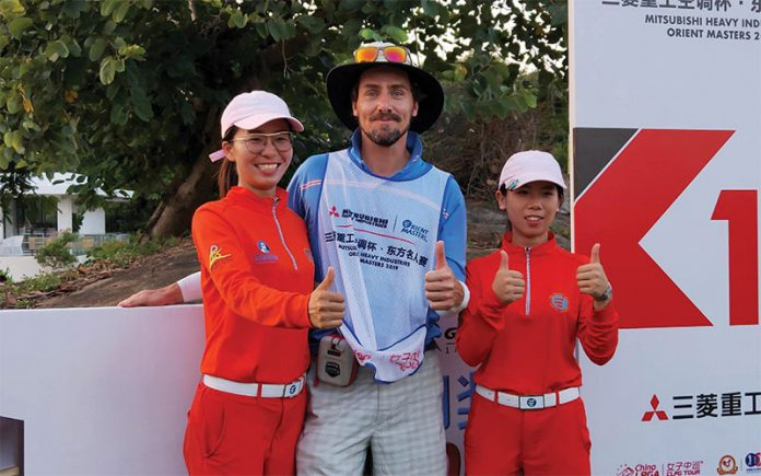 Matt Griffiths (Centre) is a New Zealand based professional caddy. (Supplied)