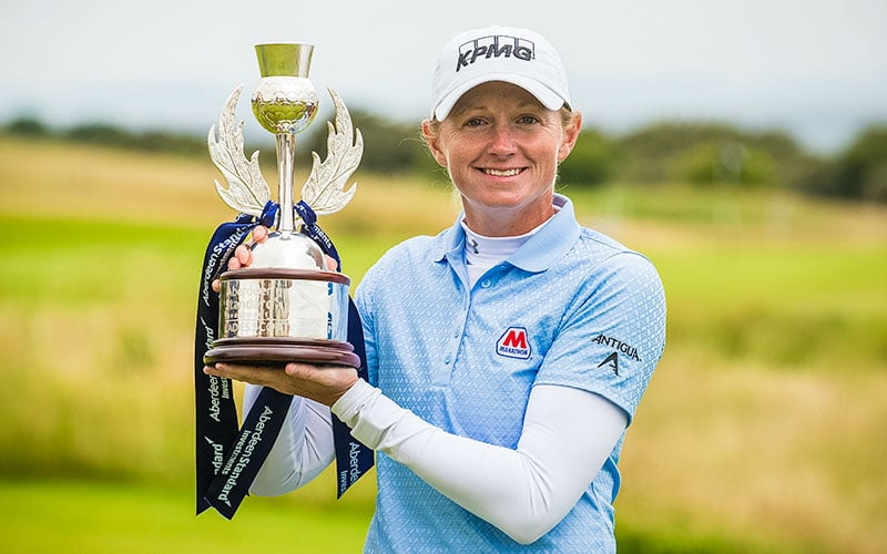 Scottish Open winner Stacy Lewis with the trophy (Photo: Tristan Jones)