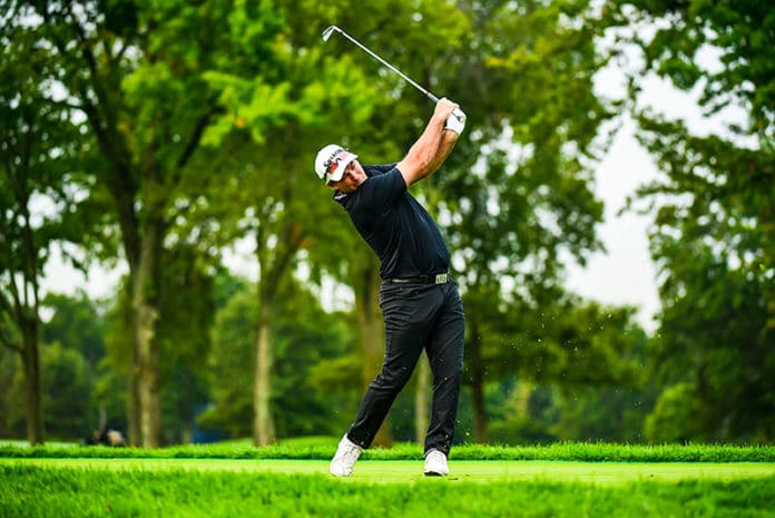 Ryan Fox plays his tee shot on the third hole during the first round at the 2020 U.S. Open at Winged Foot Golf Club (West Course) in Mamaroneck, N.Y. on Thursday, Sept. 17, 2020. (Kohjiro Kinno/USGA)