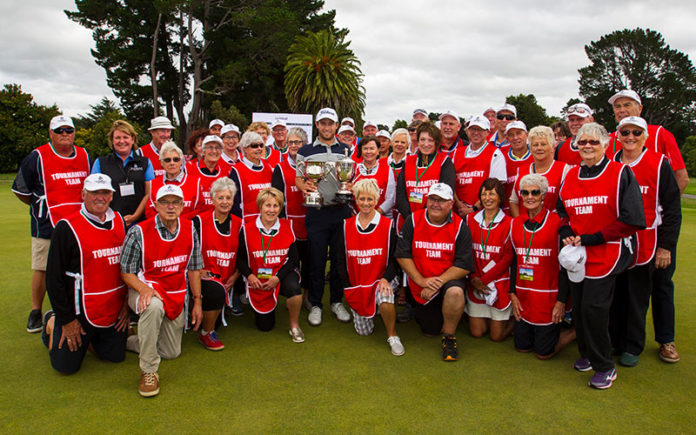 NZ PGA Championship 2018 winner Ben Campbell with PGA NZ Volunteers from the Tournament (Supplied)