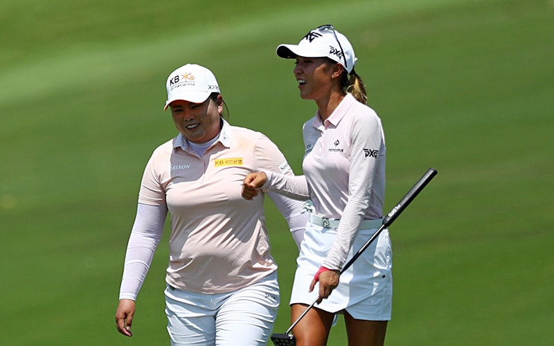 Lydia Ko with Inbee Park at the HSBC Women's World Championship in Singapore (Getty)