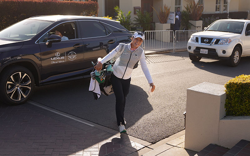 Lydia Ko walks to the practice area before the final round at the 2021 U.S. Women's Open at The Olympic Club in San Francisco, Calif. on Sunday, June 6, 2021. (Darren Carroll/USGA)