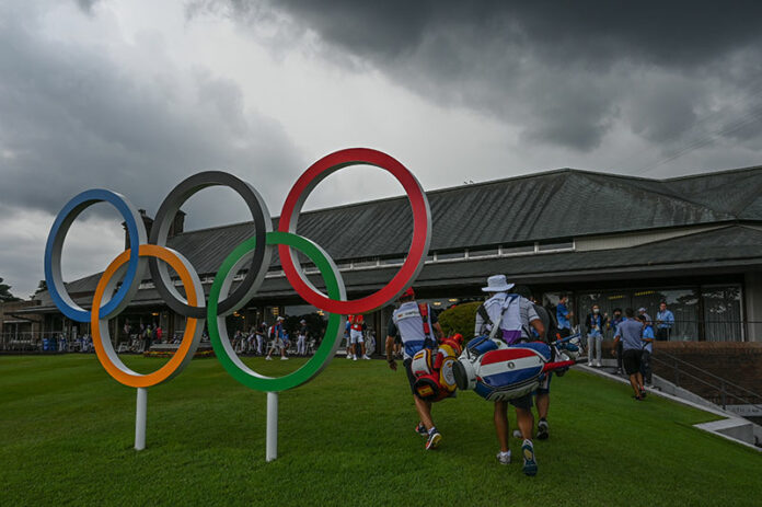 Play is suspended due to dangerous weather and lightning approaching during the first round of the Men's Individual Stroke Play event on Day 9 of the Tokyo 2020 Olympics at the Kasumigaseki Country Club on July 29, 2021 in Saitama, Japan. (Photo by Ben Jared/PGA TOUR/IGF)